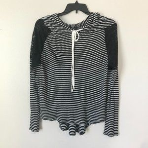 SWEET CLAIRE Black/White Stripe Lace Hooded Shirt